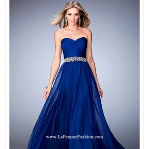 Gorgeous strapless blue formal gown